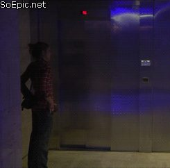 Sonic and Princess Peach in elevator prank
